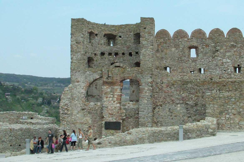 Areál hradu Devín