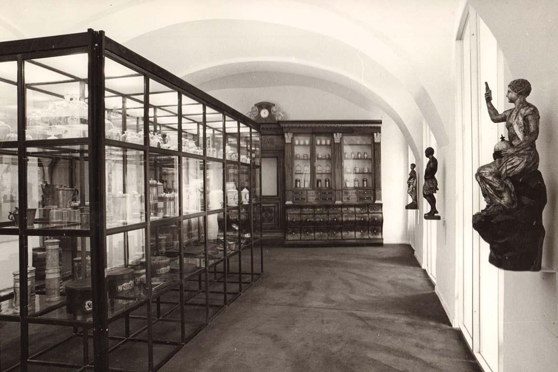 Expozícia Múzea farmácie v roku 1980