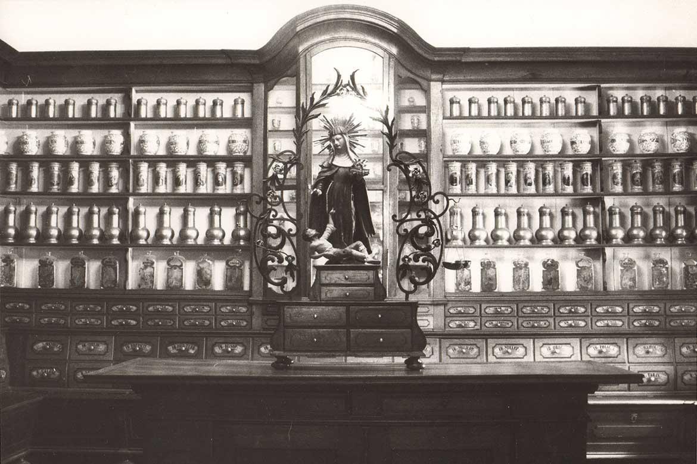 Expozícia Múzea farmácie v roku 1988