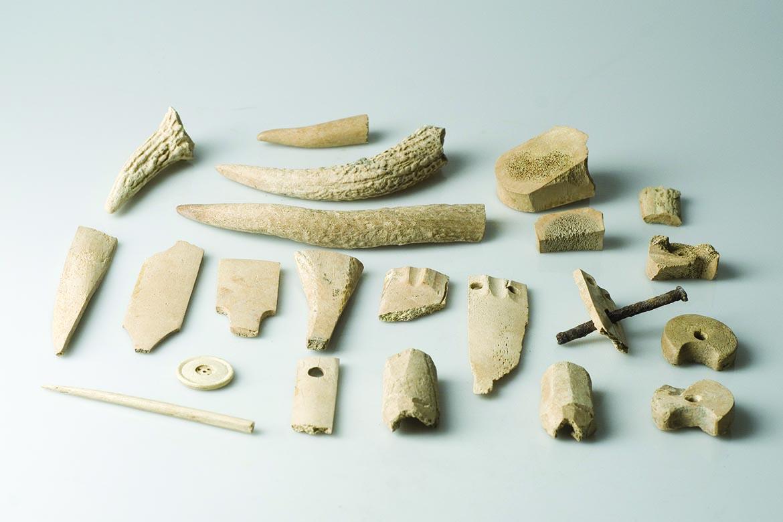 Inventár dielne na spracovanie parohov a kostí, 15. storočie