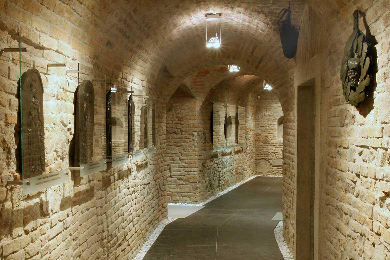 Pohľad do expozície Múzea vinohradníctva, Apponyiho palác