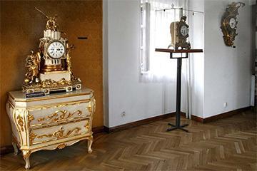 Pohľad do expozície Múzea hodín